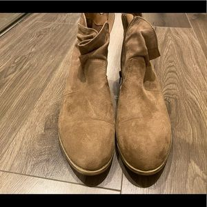 Cute booties size 10